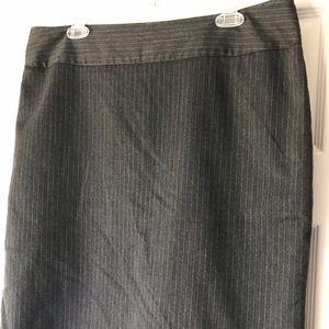 H&M Grey Pinstripe Pencil Skirt